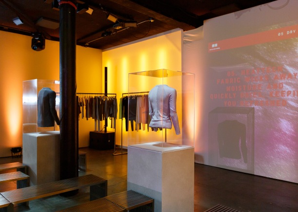 UNIQLO & Alexander Wang : Unveil the New HEATTECH Collaboration